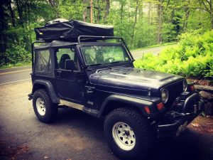 How does the TJ handle with the tent on the roof? I donu0027t feel like the Jeep is going to tip over. I do notice the added wind resistance both from head ... & Using the Smittybilt Roof Top Tent on a my Jeep TJ u2013 JeepRX
